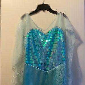 Women's Elsa costume